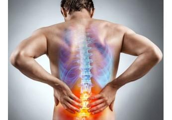 Поширені помилки і міфи про біль в спині. Як не стати жертвою шахраїв.